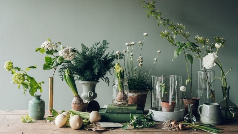 7 ways flowers boost your mood - flower fix 2