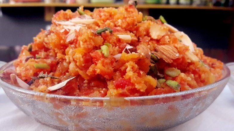 Navratri Colours Day 1- Orange: Here's a Recipe of Gajar Ka Halwa to Celebrate the First Day Dedicated to Goddess Shailaputri