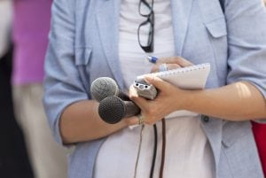 Federal health agencies block journalists' access to COVID-19 experts & information