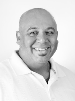 Carlos Rodriguez Headshot
