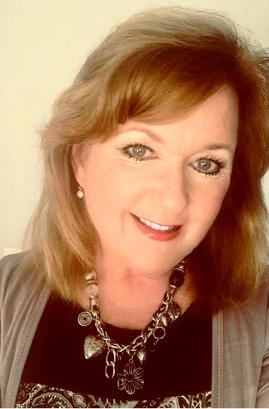 Linda Rhoades Headshot