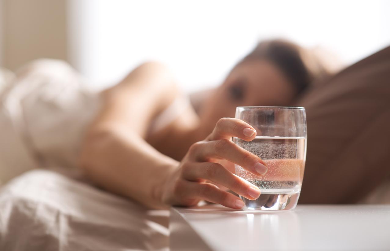 Water-dehydration-symptoms.jpg